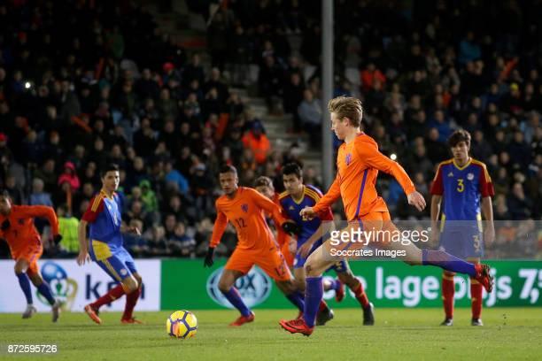 Frenkie de Jong of Holland U21 scores his sideÕs first goal to make it 70 during the match between Holland U21 v Andorra U21 at the De Vijverberg on...