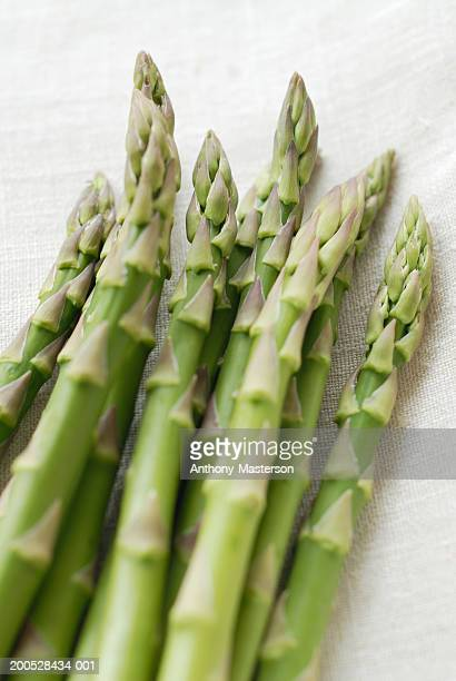 fresh asparagus spears - anthony-masterson stock pictures, royalty-free photos & images