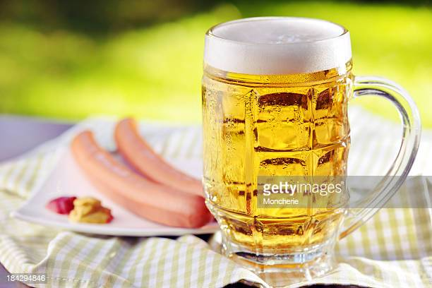 Fresh beer with sausage