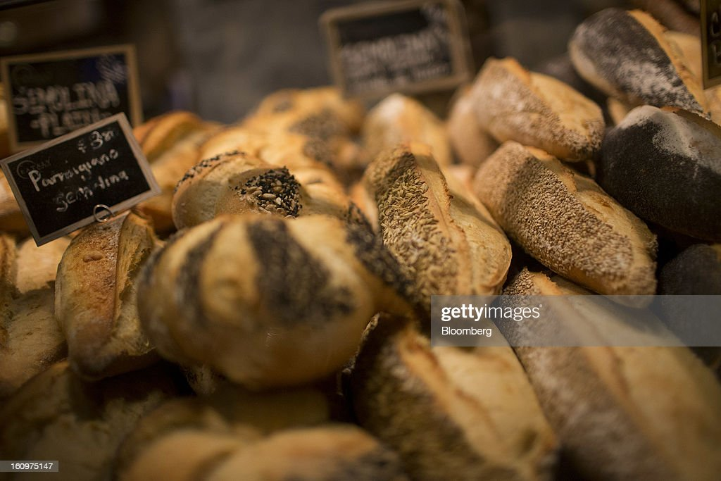 Fresh bread is displayed for sale at an Eataly location in the Flatiron district of New York, U.S., on Wednesday, Feb. 6, 2013. Eataly is a high-end Italian food market/mall chain, owned by a partnership including Mario Batali, Lidia Bastianich and Joe Bastianich, which first opened in Turin, Italy, in 2007. Photographer: Scott Eells/Bloomberg via Getty Images