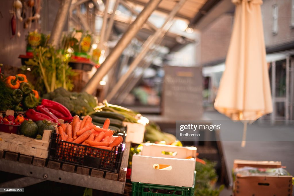 Fresh carrots on street market, Germany : Stock Photo