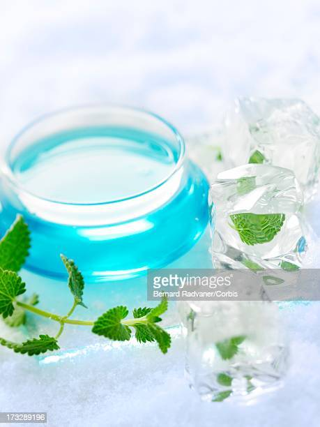 fresh face lotion with ice cube and spearmint