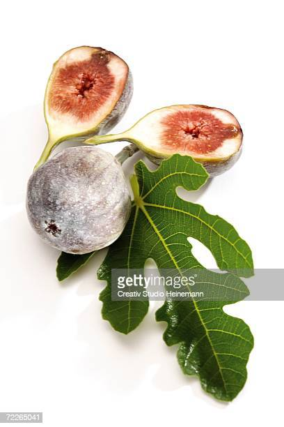 Figs and fig leaf, close-up