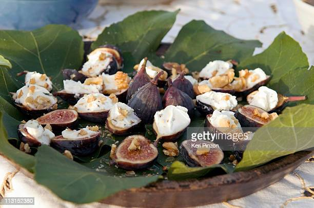 fresh figs with goat cheese and walnuts
