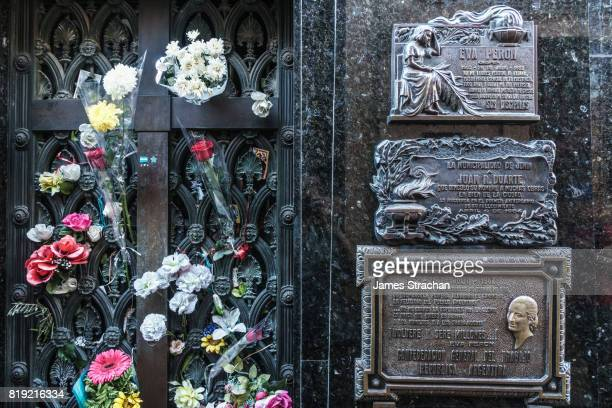 fresh flowers every day cover the vault of eva peron's duarte family where she is buried in la recoleta cemetery, considered one of the most beautiful in the world, which lies right in the heart of the city, buenos aires, argentina - eva peron - fotografias e filmes do acervo