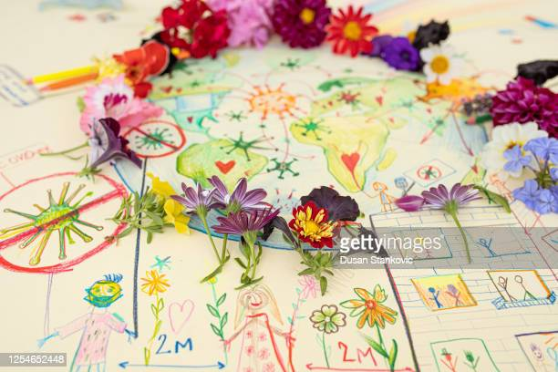 fresh flowers wreath and coronavirus drawing - dusan stankovic stock pictures, royalty-free photos & images