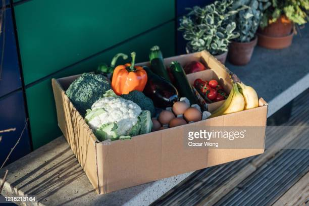 fresh food home delivery service - food stock pictures, royalty-free photos & images
