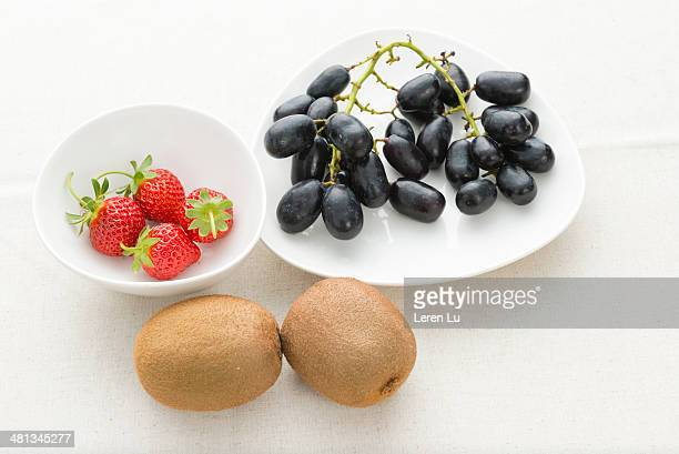 fresh fruits - leren stock pictures, royalty-free photos & images