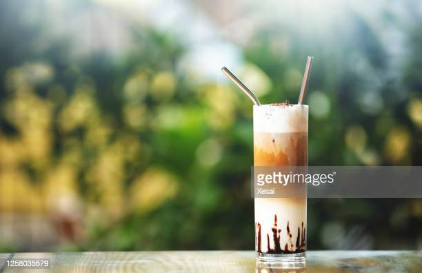 fresh ice coffee - vietnamese culture stock pictures, royalty-free photos & images