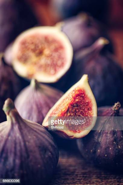 fresh organic figs - fig stock pictures, royalty-free photos & images