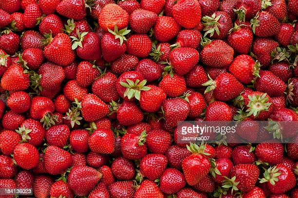 fresh organic strawberries - strawberry stock pictures, royalty-free photos & images