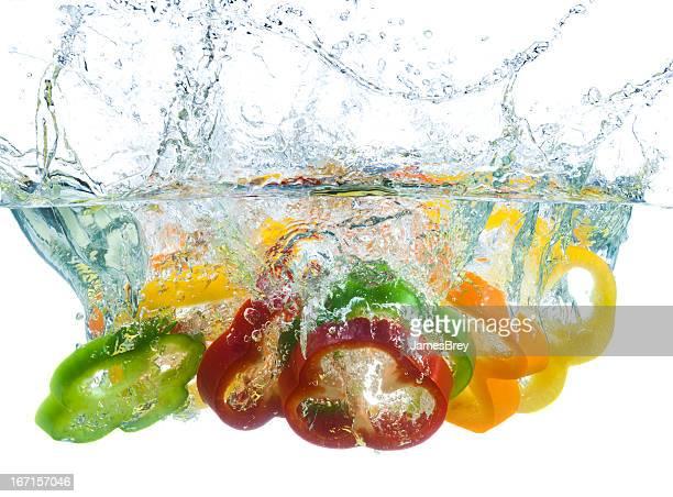 Des tranches de poivron Plongez-vous dans l'eau froide