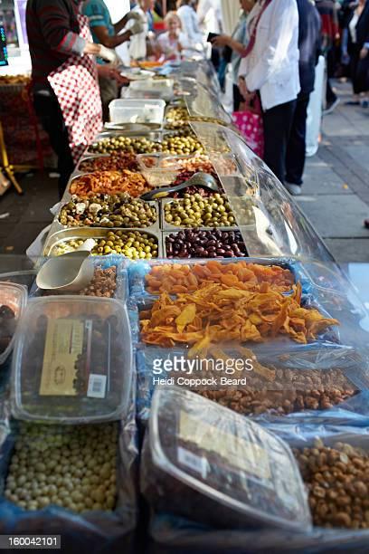 fresh produce in market - heidi coppock beard 個照片及圖片檔
