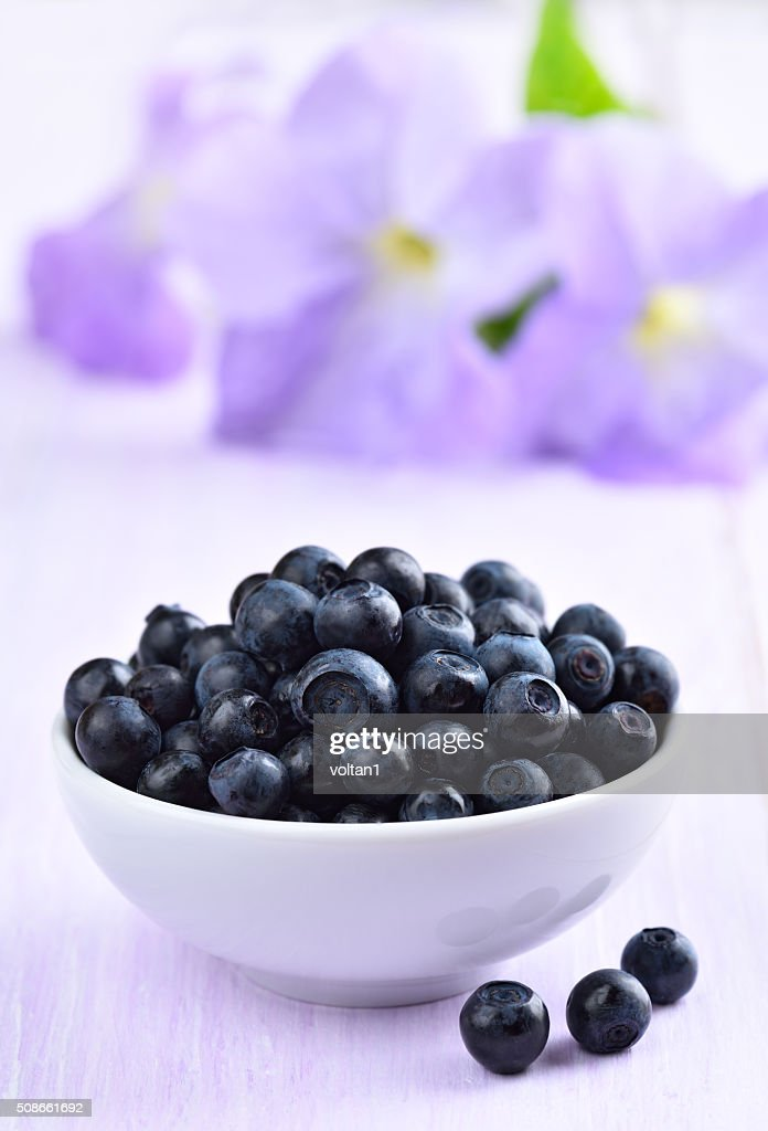 Fresh ripe blueberries : Stock Photo