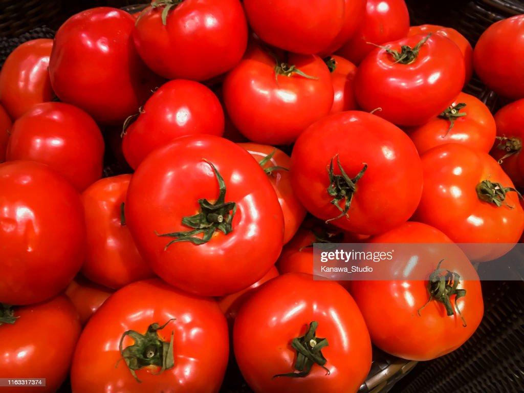 Fresh ripe tomatoes : Stock Photo
