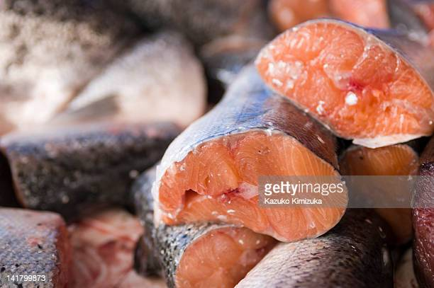 fresh salmon - kazuko kimizuka stock pictures, royalty-free photos & images