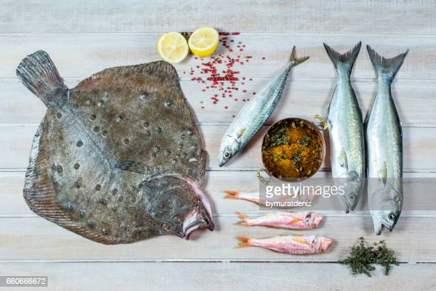fresh sea fish - omega 3 stock pictures, royalty-free photos & images