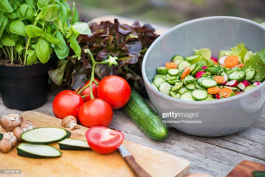Fresh Vegetable On Vintage Garden Table : Foto stock