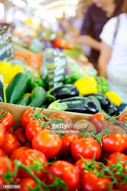 Légumes frais sur le marché en France