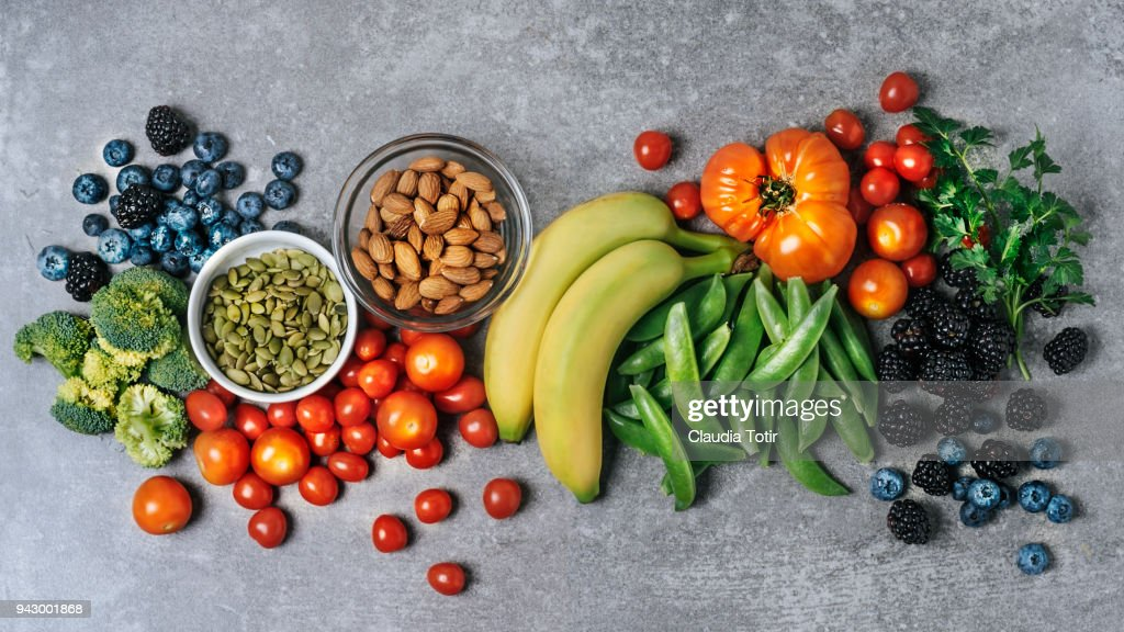 Fresh vegetables, fruits, and nuts : Foto de stock