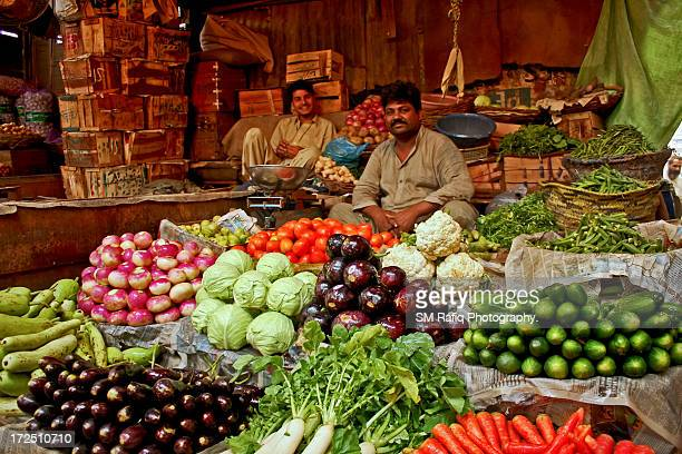 fresh vegetables - pakistan stock-fotos und bilder