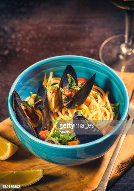 Freshly Steamed Mussels With Spaghetti