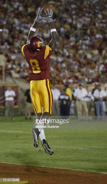 Freshman wide receiver Dwayne Jarrett of the University of Southern California catches his first touchdown catch of his NCAA career a 4yard pass from...