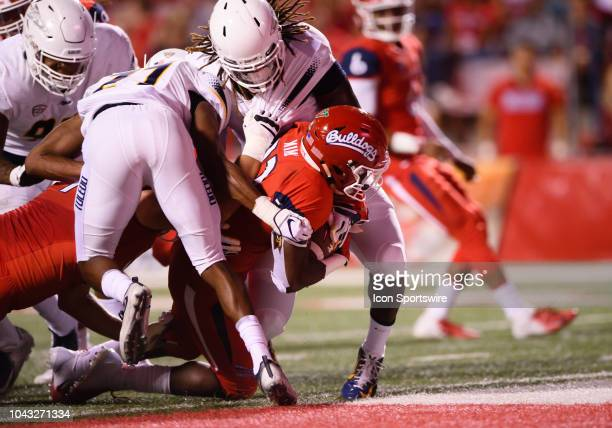 Fresno State Bulldogs running back Jordan Mims rushes for a touchdown during the game between the Toledo Rockets and the Fresno State Bulldogs on...
