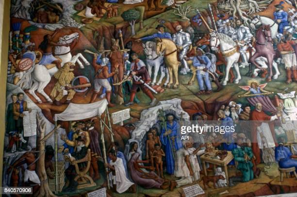 Fresque de Juan O'Gorman dans la bibliothèque de Patzcuaro représentant le supplice du roi Tarasque par Nuno Beltram de Guzman et la conversion des...