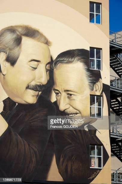 Fresque représentant les juges Giovanni Falcone et Paolo Borsellino par l'artiste Tony Gentile à Palerme le 16 mai 2019, Italie