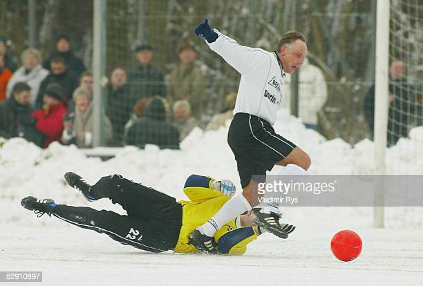 Freundschaftsspiel anlaesslich des 50 Geburtstag von MANFRED KALTZ Norderstedt Michael REICHEL Michael RUMMENIGGE