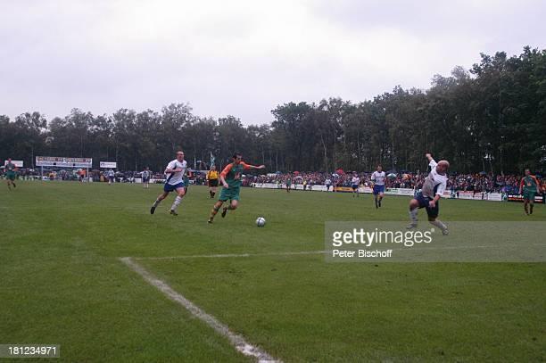 """Freundschaftsspiel """"Blau-Weiß Bornreihe"""" gegen """"SV Werder Bremen"""", Bornreihe/Hambergen, , Fußball-Spiel, Sport, """"Deutscher Meister 2004"""", Bundesliga,..."""