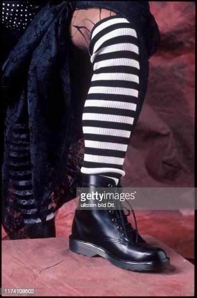 Frühlings-Mode, Trends 1988: Neo Punk, Stulpen, Schuhe