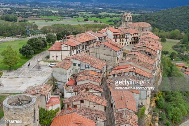 frias, medieval village in the province of burgos, in spain - ブルゴス ストックフォトと画像