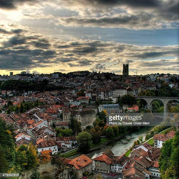 Fribourg et sa Basse-Ville (CH)/Fribourg and old t