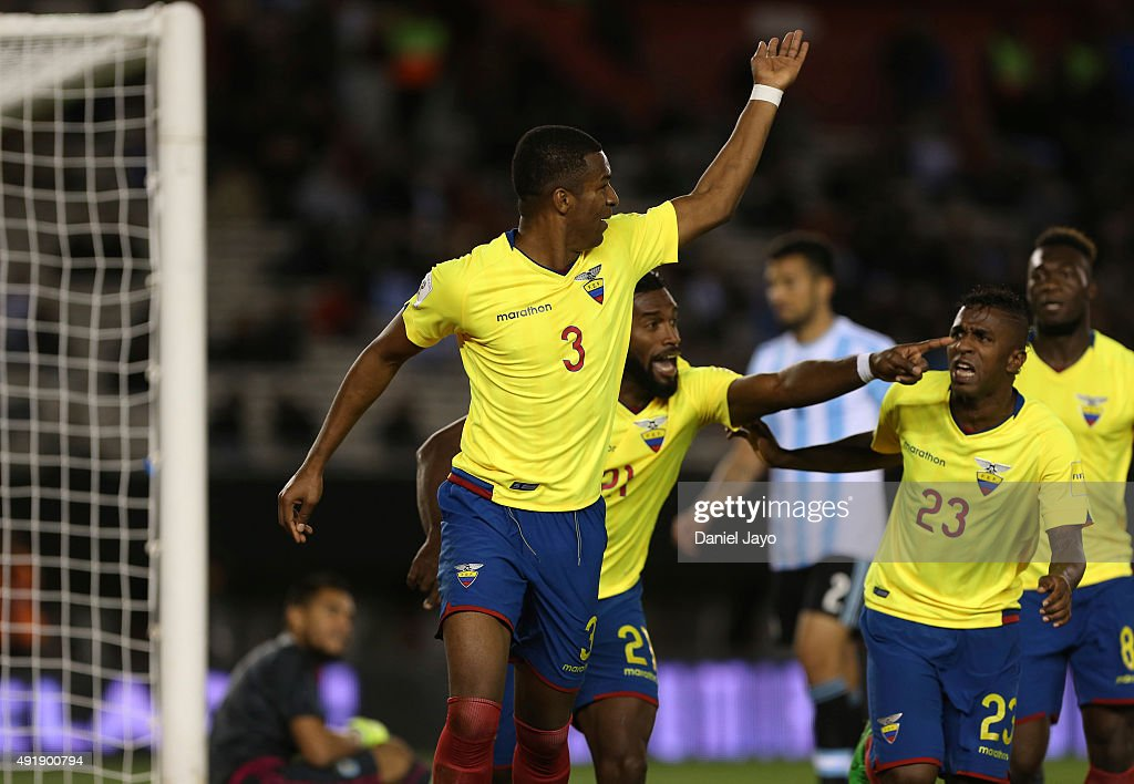 Frickson Erazo, of Ecuador, (L) celebrates with teammates after scoring the first goal during a match between Argentina and Ecuador as part of FIFA 2018 World Cup Qualifier at Monumental Antonio Vespucio Liberti Stadium on October 08, 2015 in Buenos Aires, Argentina.