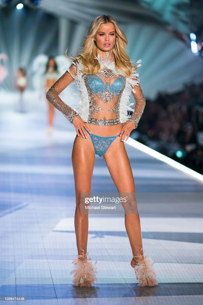 Frida Aasen Walks The Runway During The 2018 Victoria S Secret
