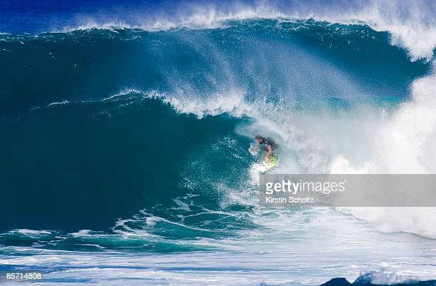 Friday 28 November 2008 Vans Triple Crown of Surfing O' Neill World Cup of Surfing 6Star ASP World Qualifying Series Sunset Beach North Shore Oahu...