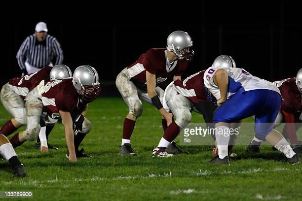 luzes de noite de sexta-feira - quarterback - fotografias e filmes do acervo