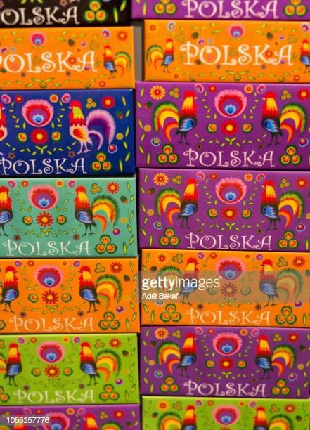 fridge magnets for sale (poland, warsaw) - polonia fotografías e imágenes de stock