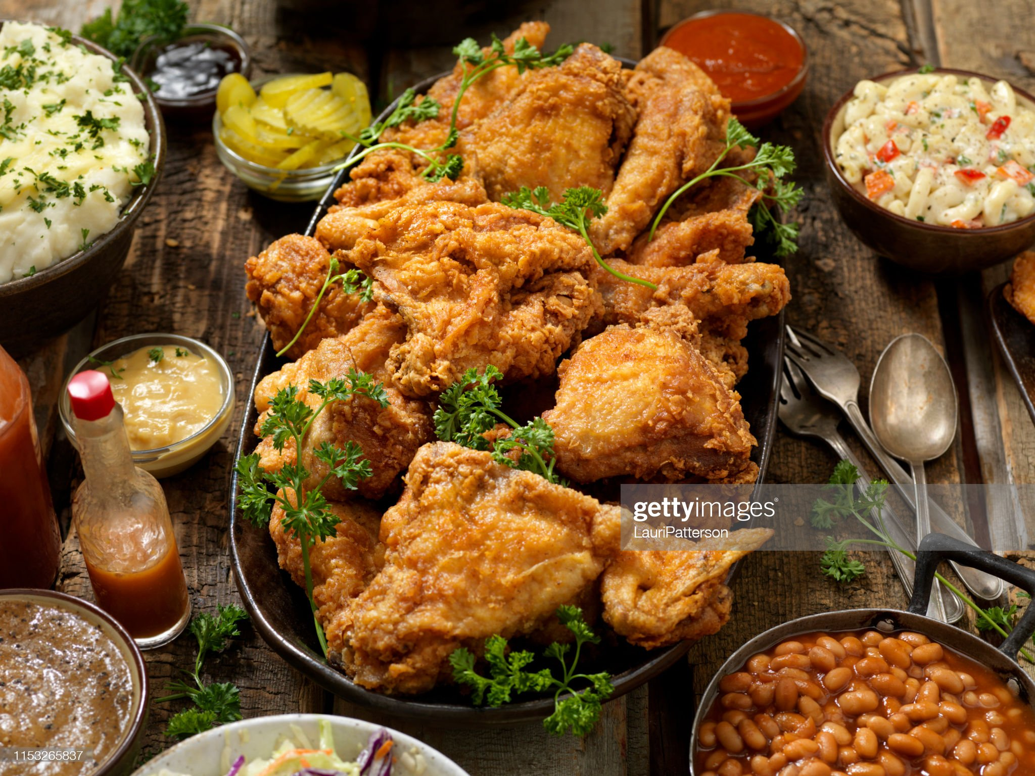 fried-chicken-feast-picture-id1153265837