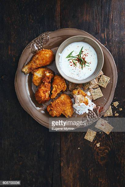 Fried chicken with yoghurt and tarragon sauce
