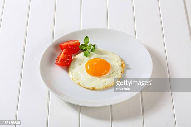 fried egg - serving size stock pictures, royalty-free photos & images
