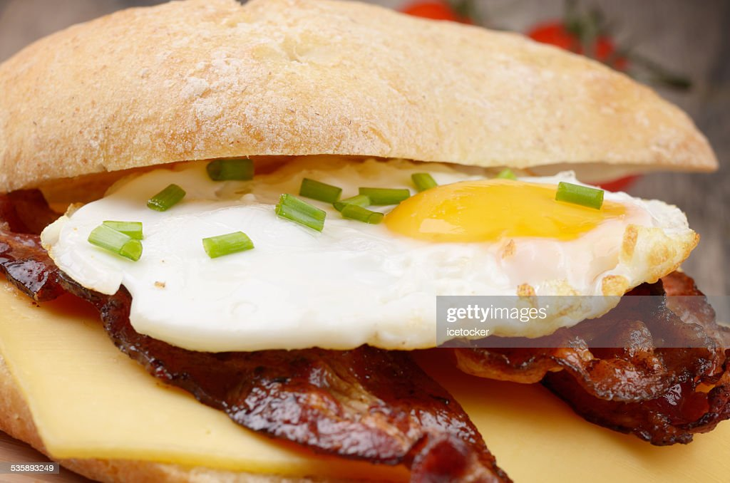Fried egg sandwich : Stock Photo