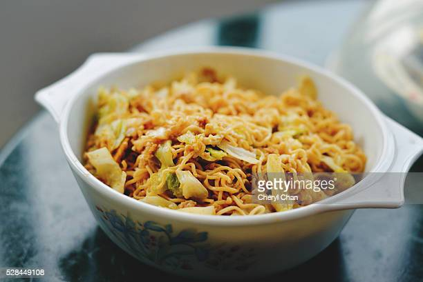 fried instant noodle