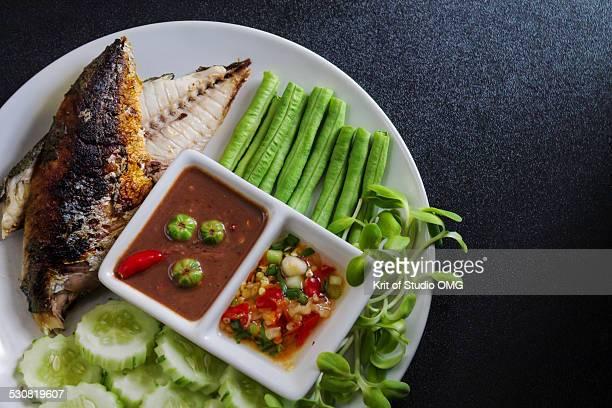Fried short mackerel with spicy shrimp paste