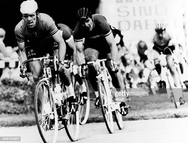 Friedensfahrt: - Jozef Schoeters führt vor Ole Hojlund - Mai 1968