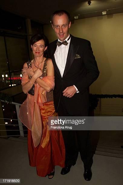 Friedrich Merz Und Ehefrau Charlotte Bei Der Aidsgala In Berlin