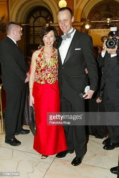 Friedrich Merz Und Ehefrau Charlotte Beim Frankfurter Opernball