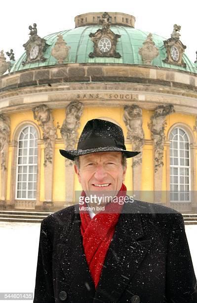 Friedrich Wilhelm Prinz von Preussen Historiker Publizist Dvor Schloss Sanssouci in Potsdam